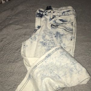 Forever 21 | Acid Washed Jeans
